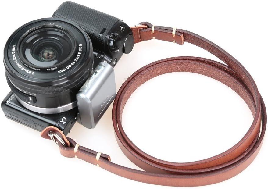 おすすめのデジカメストラップ15選|ストラップは用途に合わせて選ぼうのサムネイル画像