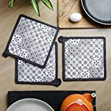 Kitchen Pot Holder, Set of 3, Printed, 100% Cotton, Eco Friendly and Safe, Heat Resistant Suitable for all House Hold Ovens, Size 8 X 8 Inch