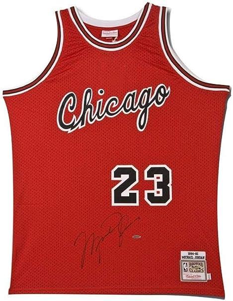 Michael Jordan Signed Chicago Bulls Mitchell & Ness Rookie Jersey ...
