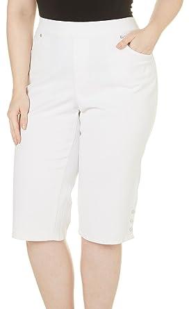 b94c8834bf8 Gloria Vanderbilt Plus Size Avery Pull On Skimmer at Amazon Women s  Clothing store