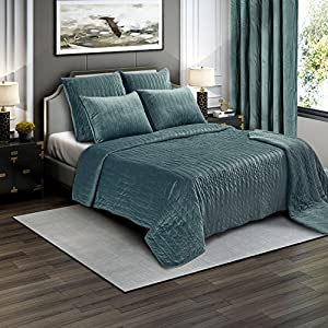 Brielle Premium Heavy Velvet Quilt Set with Cotton Backing, Twin, Seafoam