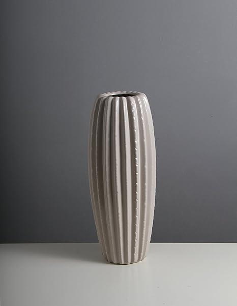 Vasi D Arredo.Anforma A Forma Di Cactus Realizzato In Ceramica Grigio
