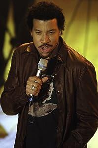 Lionel Richie on stage Photo Print (8 x 10)
