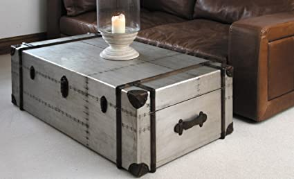 Amazon Com Richard S Trunk Coffee Table 49 X 32 X16 Kitchen
