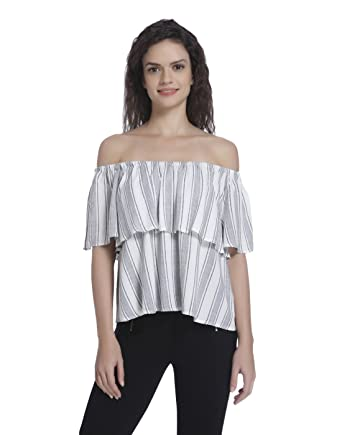 7c42a0ecc4b44 ONLY Women s Body Blouse Top (15135627 Cloud Dancer 40)  Amazon.in  Clothing    Accessories