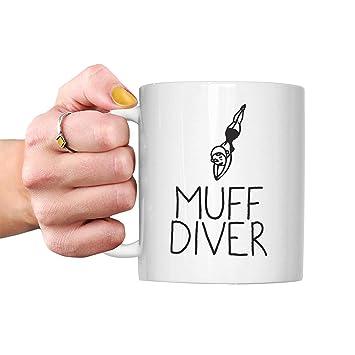 muff Dive lesbian