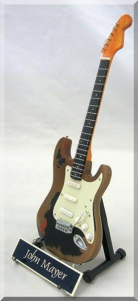 John Mayer Guitarra en miniatura monstruo reliquia W/Nombre de etiqueta: Amazon.es: Instrumentos musicales