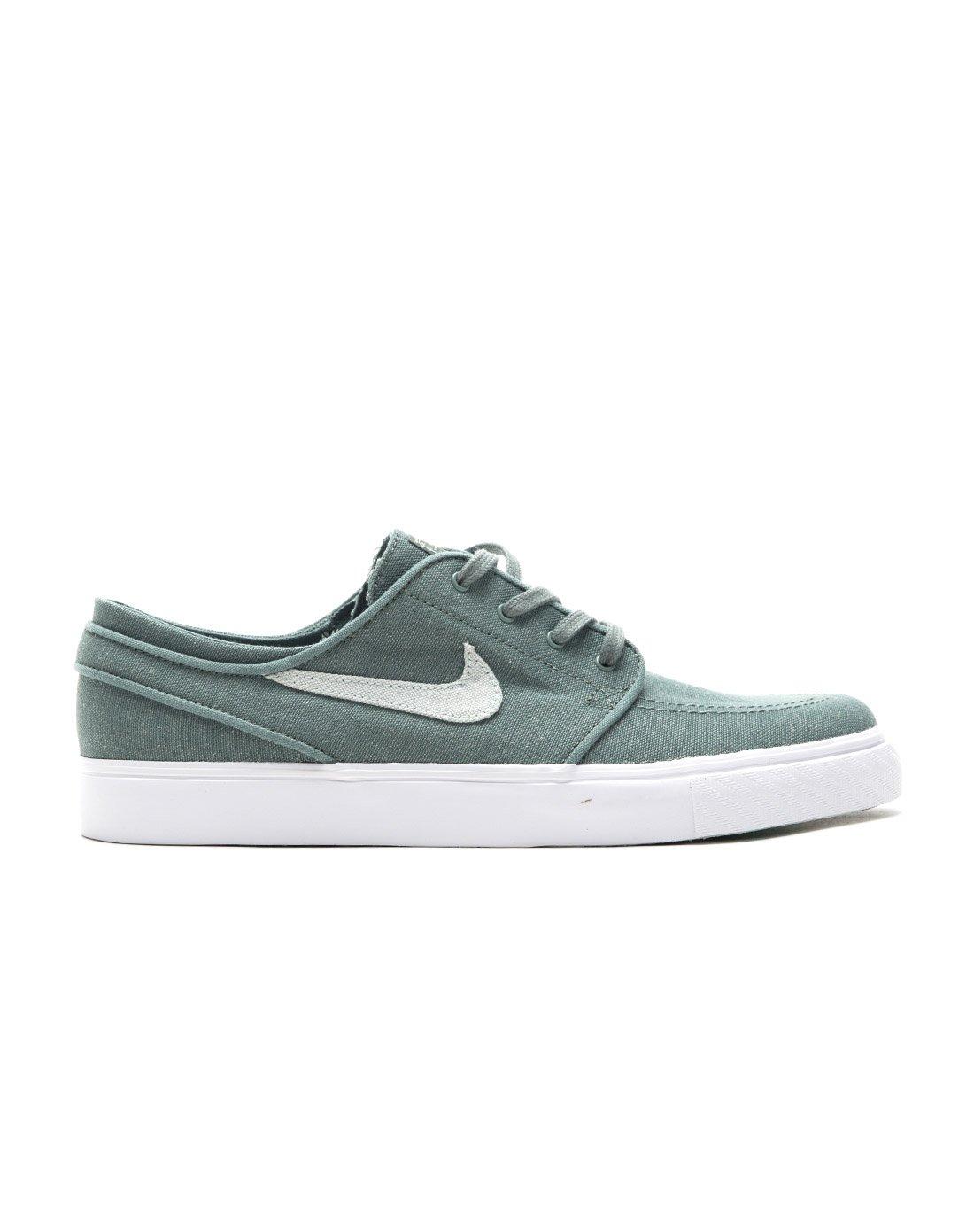 size 40 e71ef 844a7 Galleon - Nike Men s Zoom Stefan Janoski Skate Shoe (10.5 D(M) US, Clay  Green Barely Grey-Menta)