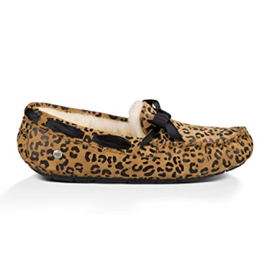 610fbbe32b01 UGG Women's Dakota Leopard Bow Chocolate Satin Slipper 6 B ..