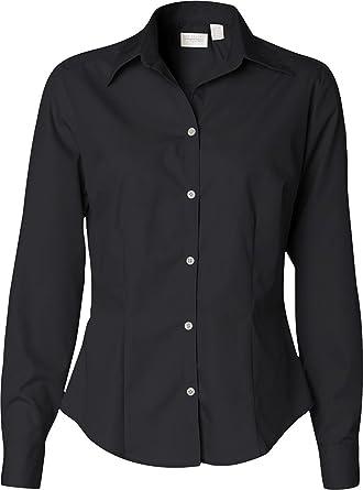 86cee1f1171 Van Heusen Ladies  Silky Poplin Shirt 13V0114 at Amazon Women s ...
