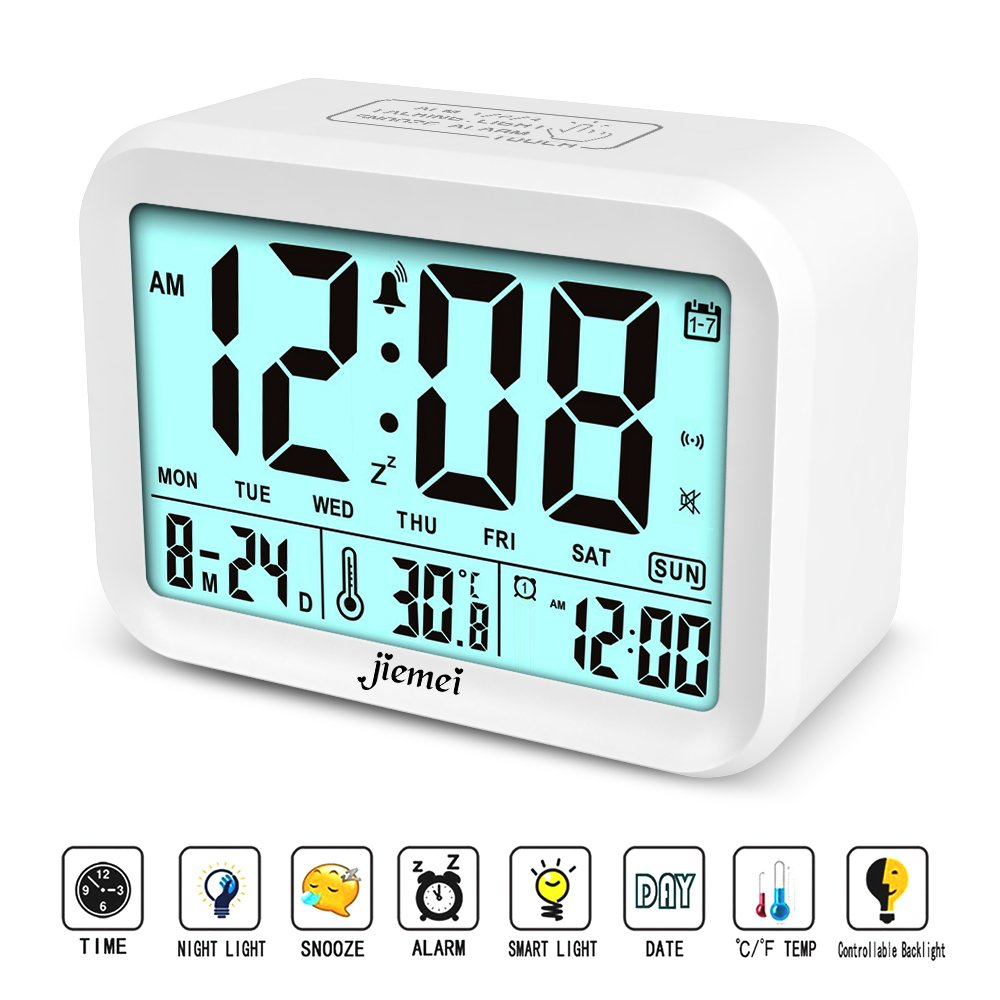 jiemei Digital Alarm Clock, Talking Alarm Clocks for Kids and Adults, Battery Operated, 4.5'' Display, Smart Backlight, 3 Alarms, 7 Rings, Good Gift Choice (White)