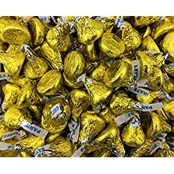 Hershey's Kisses Milk Chocolate Party Candy, Yellow Foil (Pack of 2 Pounds)