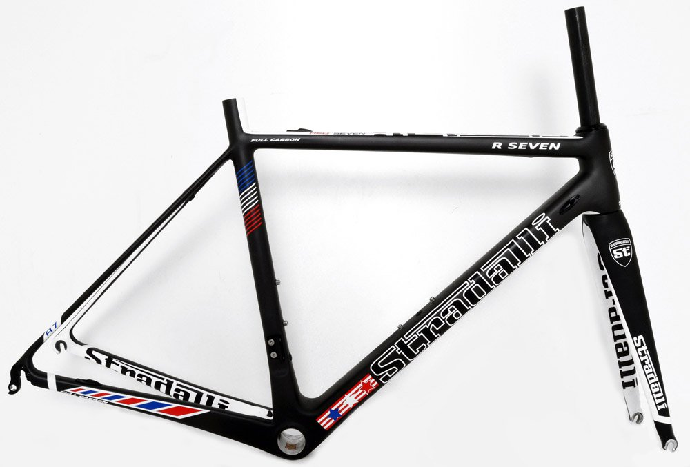 c2db57b6d29 Amazon.com : Stradalli R7 Stars Full Carbon Road Bike. Shimano Ultegra Di2  8050 11 Speed 50mm Carbon Clincher White Graphic Wheel Set. : Sports &  Outdoors