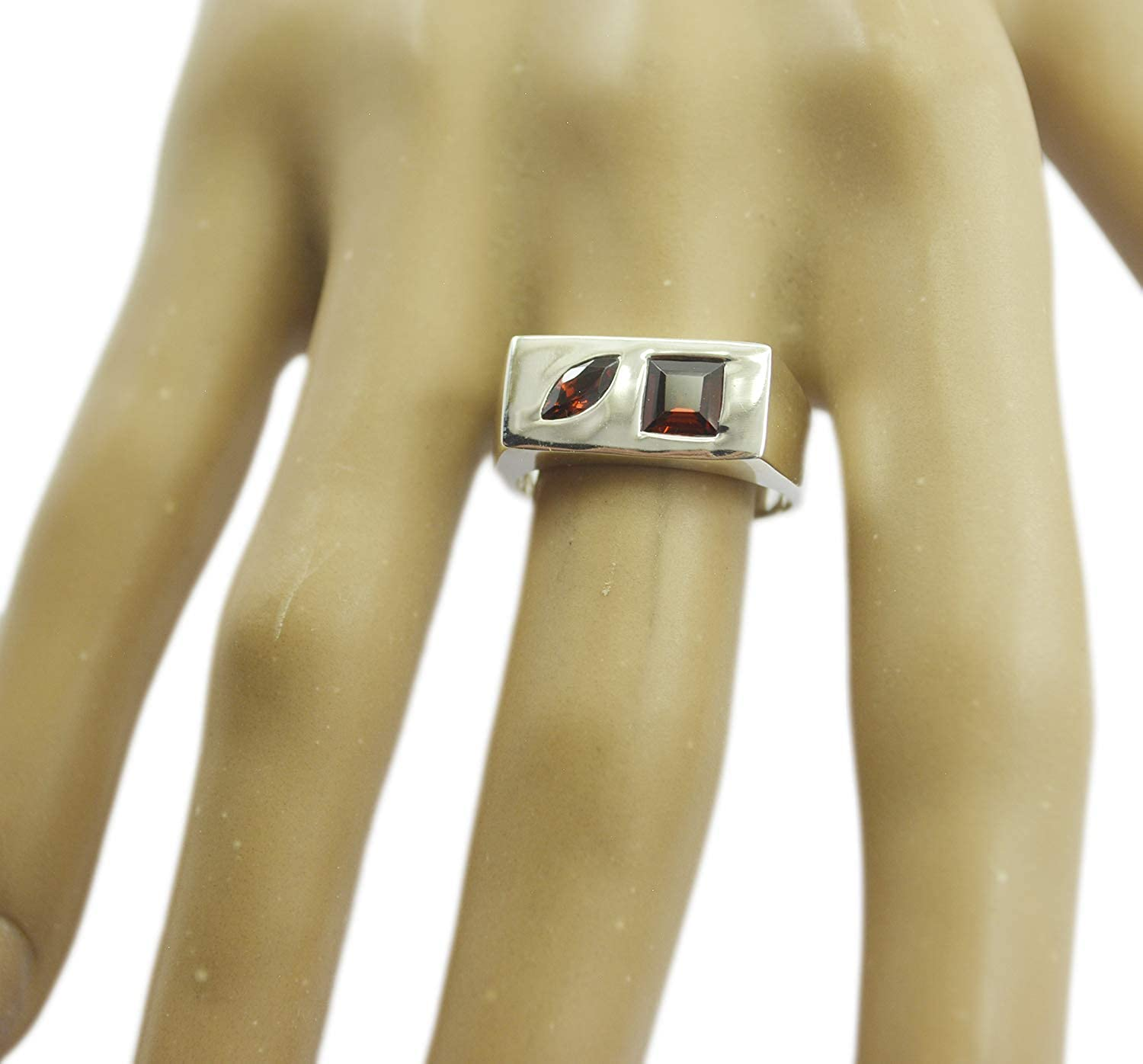 Garnet Red Gemstone Silver Ring normaly 925 Sterling Silver Fascinating Natural Red Ring