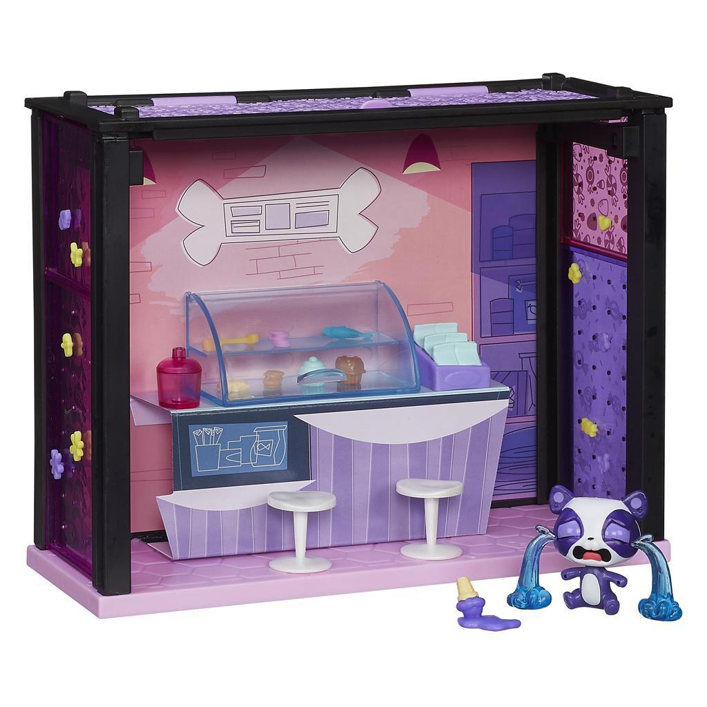 Amazon Com Littlest Pet Shop Blythe Bedroom Style Set