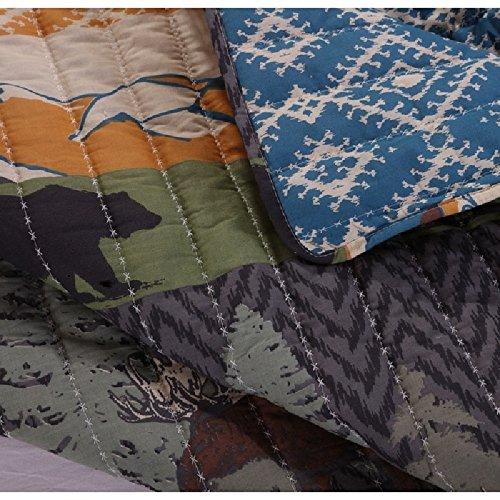 2 Piece Black Bear Brown Moose Quilt Twin Set, Mountain Jungle Themed, Striped Pattern, Mountains Pine Trees Wildlife Animal Print, Reversible Bedding, Rustic Style, Blue Brown Orange Green