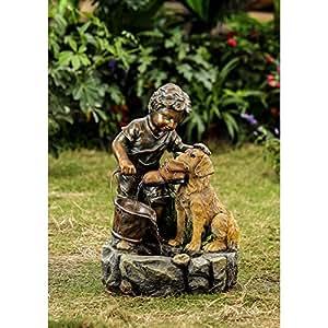 Niño y su perro agua característica
