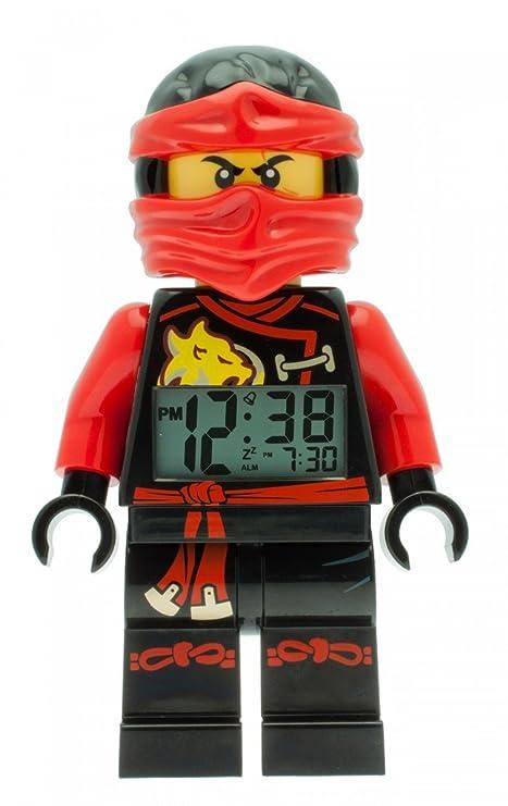 Despertador con luz infantil con figurita de Kai de LEGO Ninjago Sky Pirates; rojo/negro  plástico; 24 cm de altura; Pantalla LCD; chico chica; ...