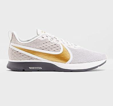 nike women's zoom strike 2 running shoe
