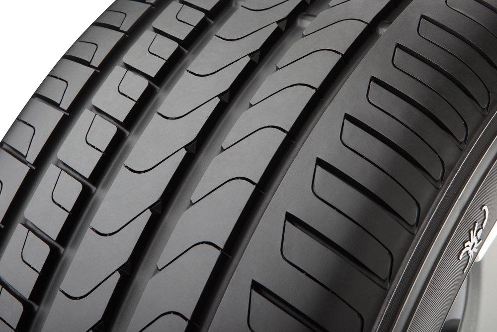 Sommerreifen C//B//72 Pirelli Scorpion Verde 235//55//R18 100V 4x4