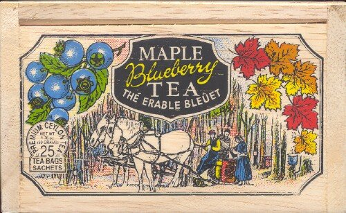 The Metropolitan Tea Company 62WD-618B-109 Maple Blueberry 25 Teabags in Wood Box