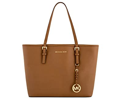 a66e6cb3d8f9 Amazon.com  MICHAEL Michael Kors Jet Set Travel Medium Carryall Tote Saffiano  Leather - Luggage  Shoes