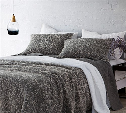 Byourbed BYB Gradient Stone Washed Cotton Quilt - Pewter - Twin XL