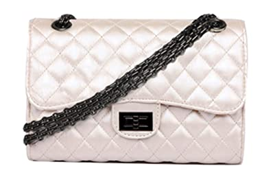 efbdef2d0bf3 Hycurey Classic Crossbody Handbag and Purse Quilted Purse With Metal Chain  Strap Shoulder Bag for Women
