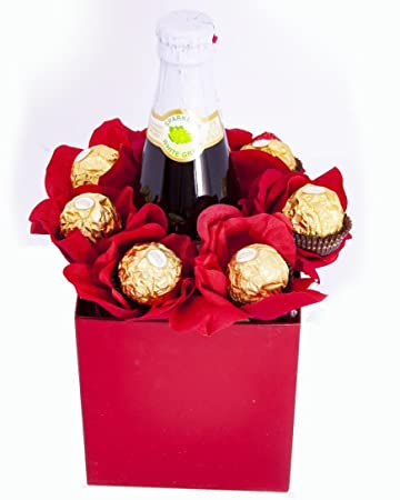 Amazon Com Chocolate S Galore Valentine S Day Candy Bouquet Gift