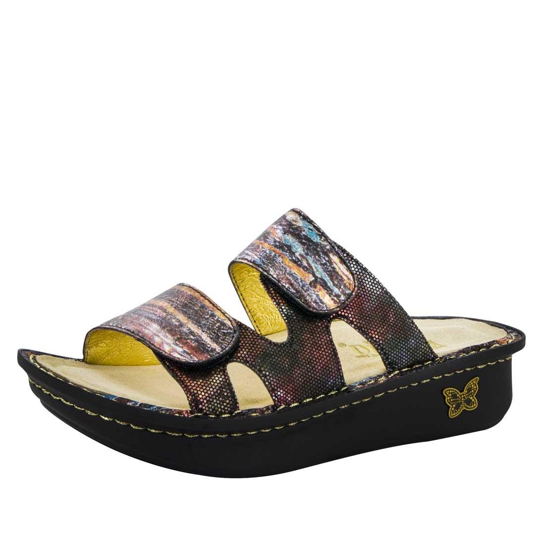 Alegria Women's Cami Boot B01IO28K2U 38 M EU / 8-8.5 B(M) US|Earthen