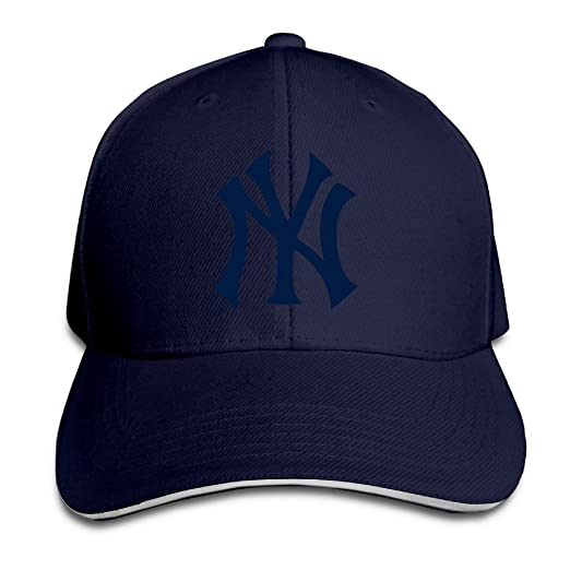 Amazon.com  NUBIA New York Yankee Sandwich Peak Sunbonnet Cap Flex ... 992d84797be