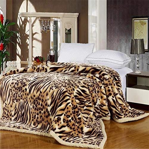 FidgetFidget Blankets Thick Warm Wrap Knitting Leopard 180X220CM 3.0KG