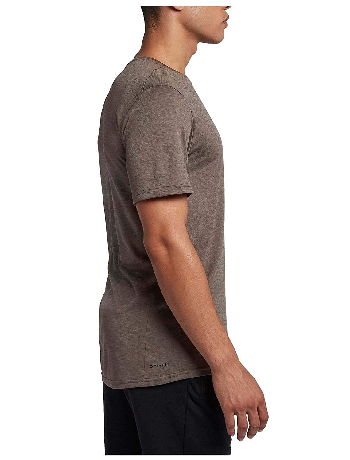 453d0c76 NIKE Mens Legend Short Sleeve Tee at Amazon Men's Clothing store: