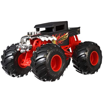 Hot Wheels Bone Shaker Monster Truck, 1:24 Scale: Toys & Games