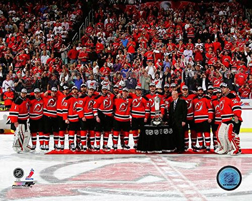 - New Jersey Devils NHL Team Photo (Size: 8