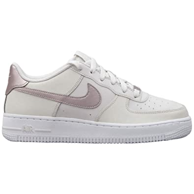 sports shoes f74ff e1922 Nike Air Force 1 (GS), Chaussures de Basketball Fille Amazon.fr Chaussures  et Sacs