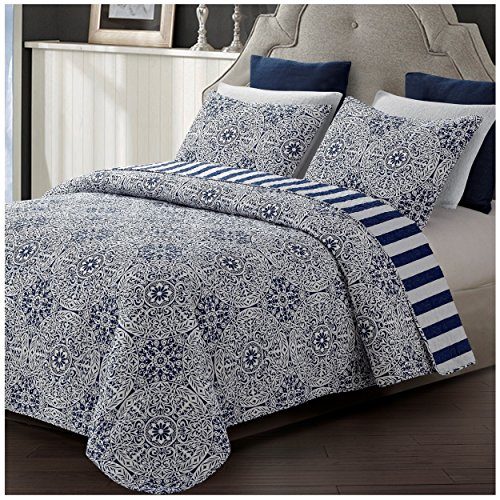 Tyra Reversible Quilt Set, Navy and White Floral Medallion P