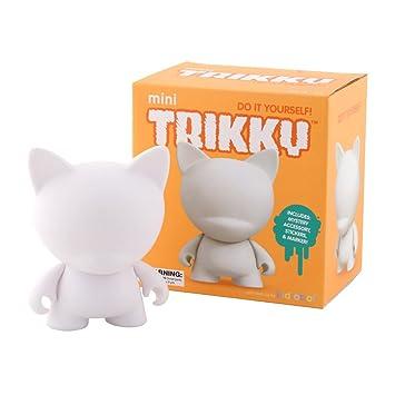 Amazon kidrobot mini trikky diy vinyl art figure toys games kidrobot mini trikky diy vinyl art figure solutioingenieria Gallery