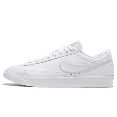 Nike Blazer Bas Chaussures Noires Le W Pv1YLW695a
