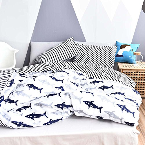 BuLuTu Navy Blue/Grey Shark Print Pattern Cotton US Twin Kids Bedding Duvet Cover Sets(1 Duvet Cover 2 Pillow Shams) White Quilt Bedding Sets For Kids Boys With 4 Corner Ties Wholesale (Twin Duvet Bedding)