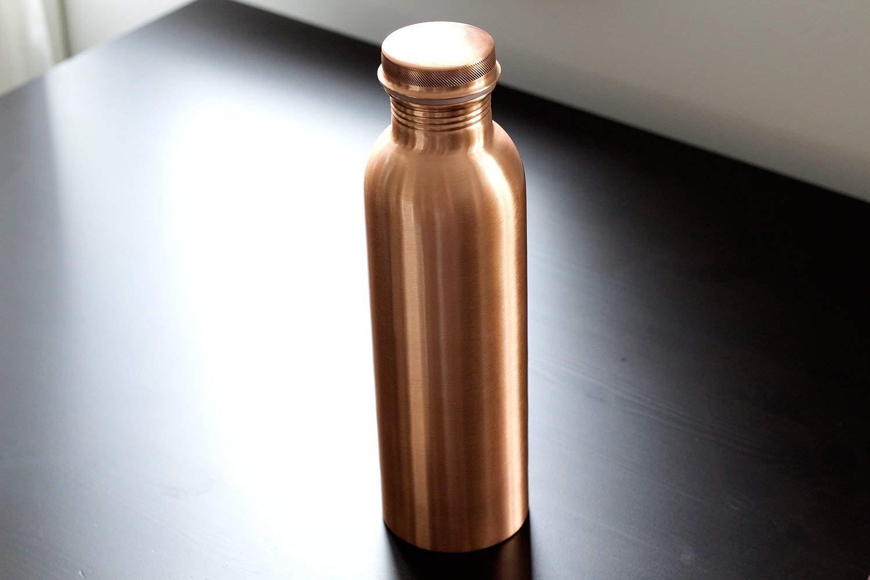 A Leak Proof Ayurvedic Kosdeg Hammered Copper Water Bottle 34 Oz Extra Large
