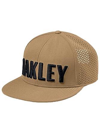 BONE ABA RETA OAKLEY PERF HAT 911702-87D UNICO BRO  Amazon.com.br ... cfebbeec629