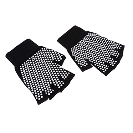 Amazon.com : Prettyia Non Slip Yoga Gloves for Women Men ...