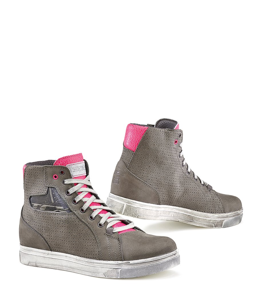 973240b3709e1 Amazon.com: TCX Women's Street Ace Air Boots (COOL GREY/FUSCIA ...