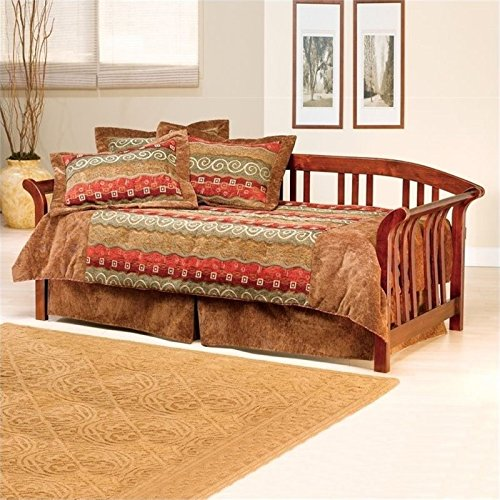 Daybed Cherry Trundle (BOWERY HILL Twin Daybed with Trundle in Brown Cherry)