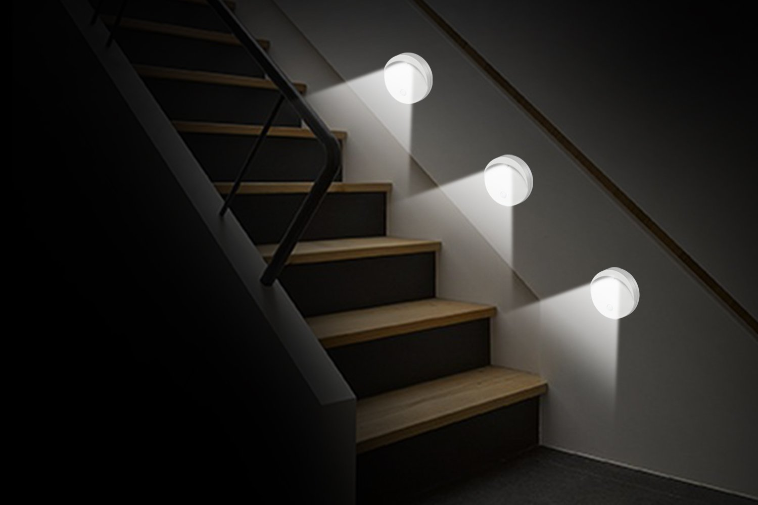 MoKo Circle Shaped Cordless LED Night Light Auto Motion Activated Wall Lights Motion Sensor Light Cabinet Stick-On Lighting lamp for Closet Balcony Apple White Stairs Bathroom Bedroom