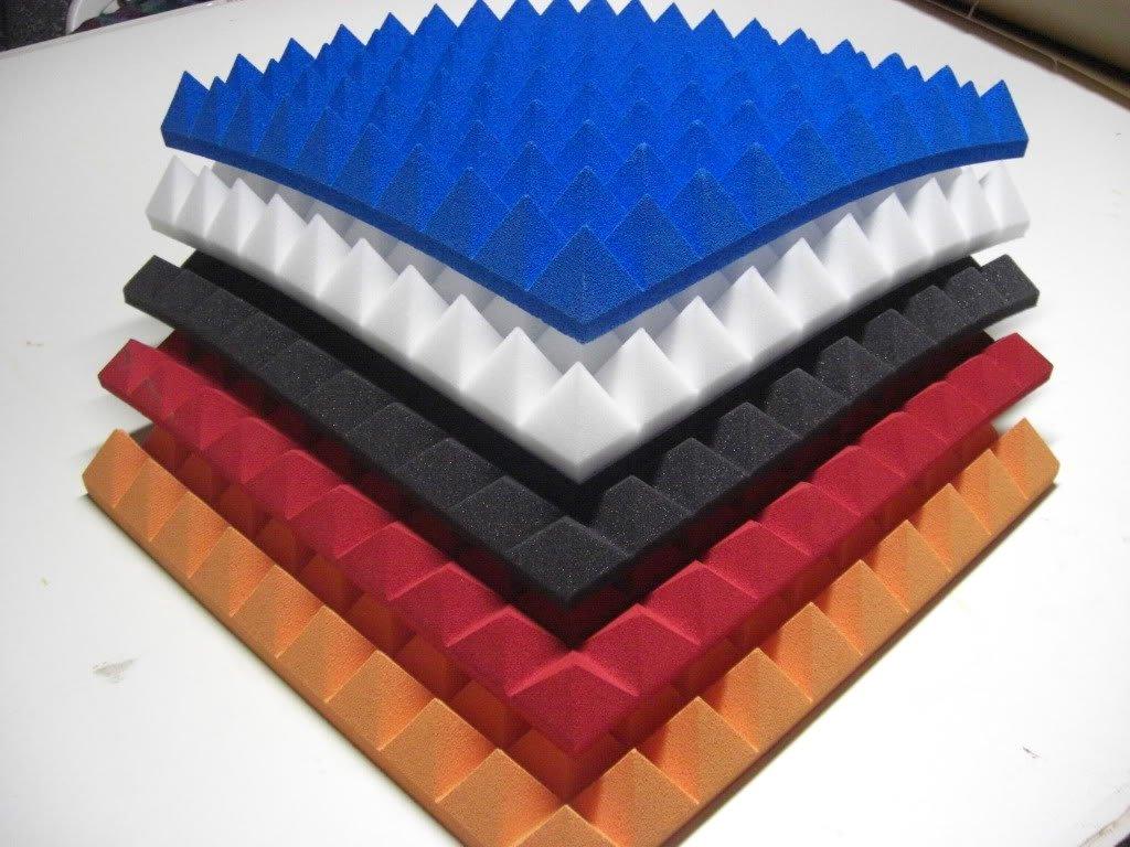 Aislamiento acú stico de espuma en forma de pirá mides. Espuma corrugada 50 x 50 en 4 cm, 6 cm, 8 cm. Con o sin autoadhesivos. Mail2Mail
