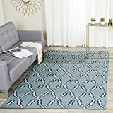 Safavieh Dhurries Collection DHU564B Hand Woven Light Blue and Ivory Premium Wool Area Rug (5' x 8')