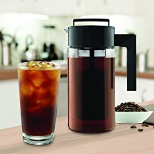 900ML Cold Brew Iced Coffee Maker with Airtight Seal Silicone Handle with Strainer Filter Coffee Kettle for Homemade Cold Brew and Iced Coffee