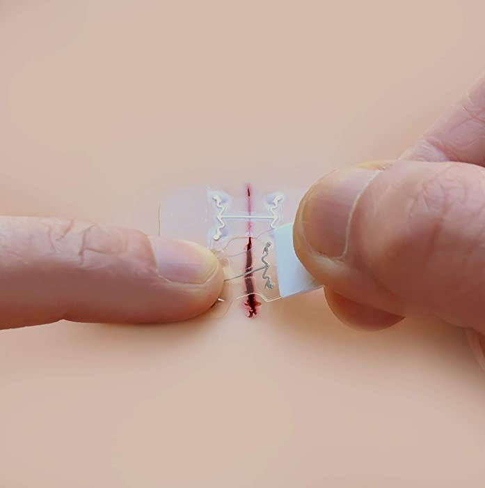 microMend Emergency Wound Closures Surgical Quality Laceration Repair Without Stitches - Think Ahead - Be Prepared - Add to Your Survival Kit, Camping Gear (Emergency Laceration Kit)